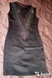 Коктейльное платье со стразами. новое. Фото 1.