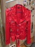 Пиджак атласный жатый. Фото 1.
