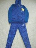 Утепленный спортивный костюм. Фото 1.