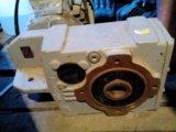 Мотор-редуктор. Фото 3.