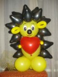 Ежик из воздушных шаров. Фото 1.