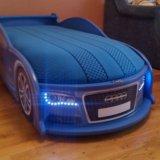 Кровать в виде машины. Фото 1.