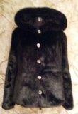 Шубка с капюшоном на синтепоне из искусств. норки. Фото 2.