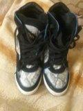 Осенние ботинки на каблуке. Фото 1.