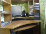Стол компютерный. Фото 1.