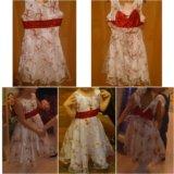 Нарядное белое платье с красным бантом. Фото 1.