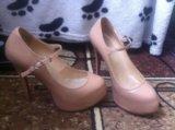 Бежевые туфельки  срочно !!!. Фото 1.