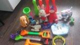 2 пакета  игрушек. Фото 3.