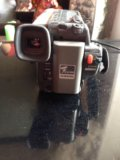Видеокамера  пишущая на кассету вместе с сумкой. Фото 4.