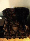 Велюровое кресло. Фото 1.