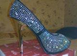 Туфли со стразами новые 39. Фото 1.