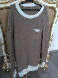 Удлиненный свитер. Фото 1.