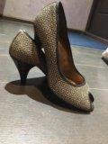 Туфли с открытым носком. Фото 2.