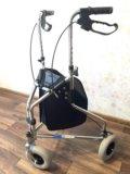 Коляска-ходунки. Фото 1.
