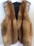 Меховая жилетка. Фото 1.