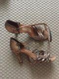 Туфли для бальных танцев. Фото 1.