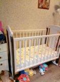 Детская кроватка+подарки. Фото 1.