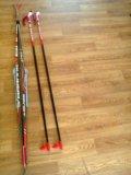 Лыжный комплект (лыжи, палки, ботинки, крепления). Фото 1.