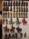 Солдатики киндер 43 штуки. Фото 1.