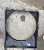 Диффузор радиатор бмв е34. Фото 3.