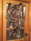 Оригинальное платье с принтом. Фото 2.