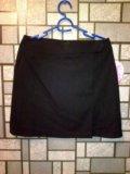 Классическая юбка и спортивные штаны. Фото 1.