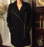 Женское стильное пальто. Фото 2.