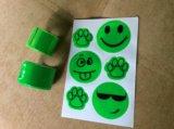 Светоотражающие браслеты и наклейки (все новые). Фото 2.