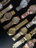 Часы цены от 1000 р до 1300. Фото 1.