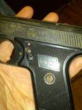 Газовый пистолет. Фото 2.