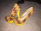 Туфли на высоком каблуке. Фото 1.
