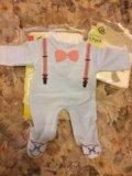 Новый костюмчик для новорождённого. Фото 1.