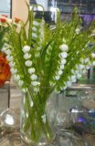 Композиции цветов и деревьев из стекла. Фото 1.