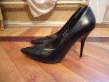 Туфли черные кожаные 36 размер. Фото 1.