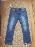 Мужские новые джинсы. Фото 1.