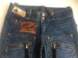 Укорочённые джинсы-бриджи. Фото 2.
