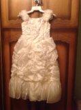 Праздничное платье на девочку. Фото 2.