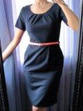 Новое строгое платье миди. Фото 1.
