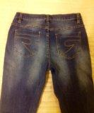 Новые женские джинсы. Фото 4.