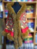 Утепленная накидка из павловопосадского платка. Фото 1.