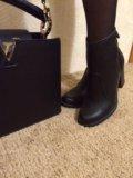 Сумка и ботинки. Фото 3.