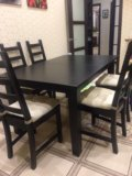 Стол и стулья. Фото 1.
