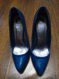 Туфли на шпильке. Фото 4.