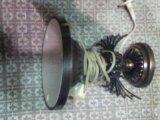 Светильник без плафона. Фото 1.