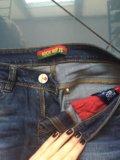 Фирменные джинсы. Фото 2.