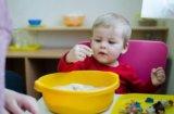Монтессори занятия для детей 0-3 лет. Фото 2.