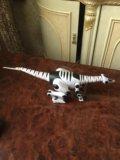 Электронный динозавр. Фото 3.