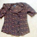 Блузка р 42,майка с горлом р36,пиджак 42,блуза 42. Фото 1.