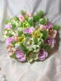 Искусственный букет цветов с конфетами. Фото 2.