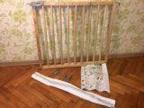Барьер-калитка для защиты детей. Фото 3.